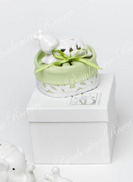 Coccinella porcellana con sacchetto